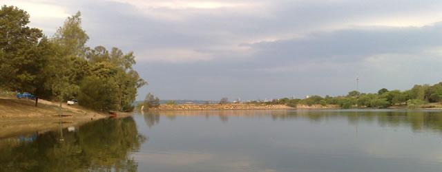 Golden Harvest Park Dam, Photo taken October 2008 by Rads